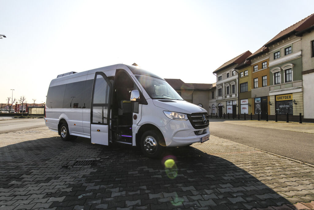 új MERCEDES-BENZ 516  *coc* 5500 kg kisbusz
