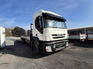 IVECO 190S45 autószállító teherautó