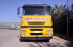 IVECO Magirus autószállító teherautó