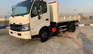 HINO 300  billenős teherautó