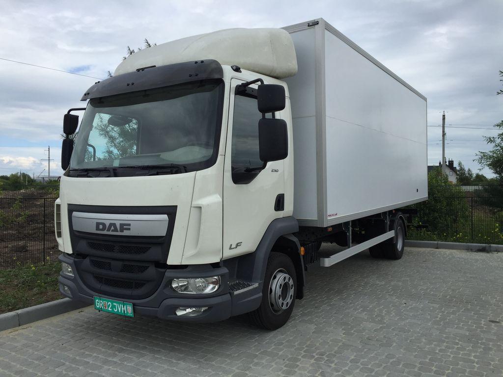 új DAF LF dobozos teherautó