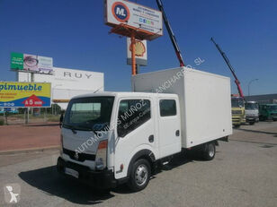 NISSAN 35.13 dobozos teherautó