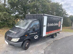 MERCEDES-BENZ 413 CDI BOTELLERO függönyponyvás tehergépkocsi