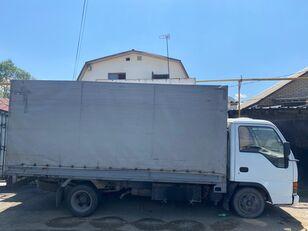 ISUZU NkR55 ponyvás teherautó