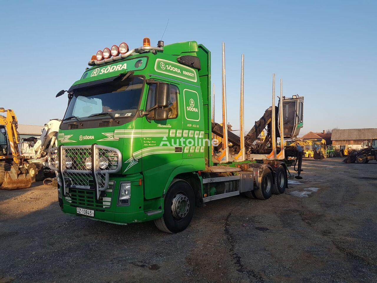 VOLVO FH16-660 rönkszállító teherautó