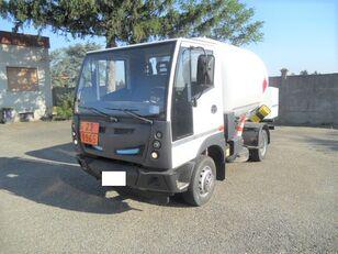 BUCHER 4x2 teherautó gázszállító