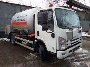 új ISUZU teherautó gázszállító