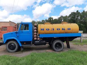 ZIL 433362 tejszállító