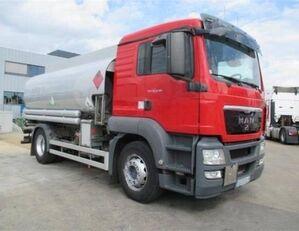 MAN TGS 24.440 üzemanyagszállító teherautó