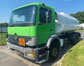 MERCEDES-BENZ 2528L Tankwagen üzemanyagszállító teherautó