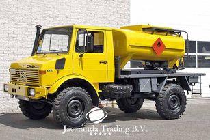 MERCEDES-BENZ UNIMOG 1300 üzemanyagszállító teherautó