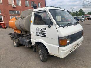 NISSAN vanette üzemanyagszállító teherautó