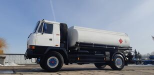 TATRA T815 - 200R41 19225 üzemanyagszállító teherautó